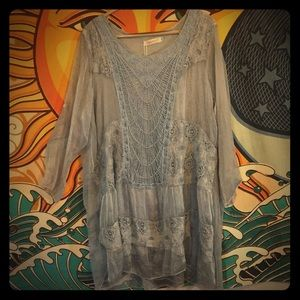 Simply Couture light blue tunic 36 inches XL